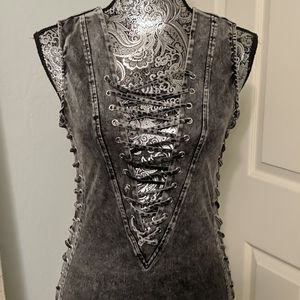 NWT Hot & Delicious lace up midi dress